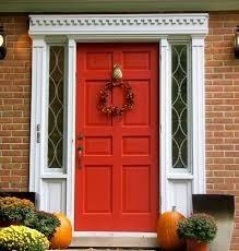 Врата червен цвят